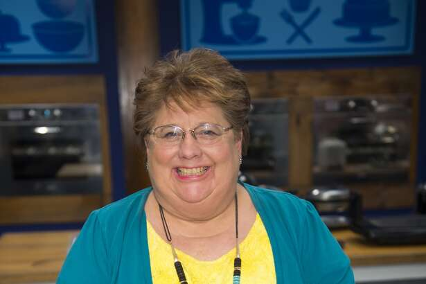 """Helotes resident Judy Welch competes in the first season of """"Worst Bakers in America"""" on Food Network."""