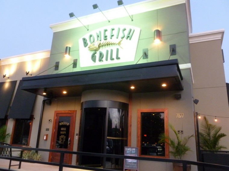 Bloomin 39 brands closes 4 bonefish grill and outback for Bone fish grill locations