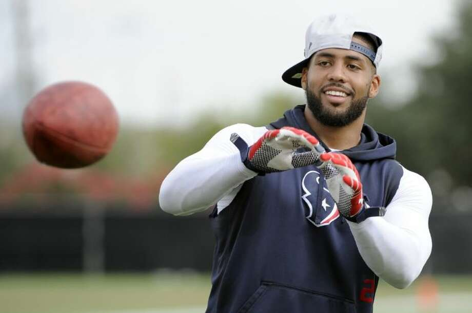 Texans running back Arian Foster is recovering from a calf strain.