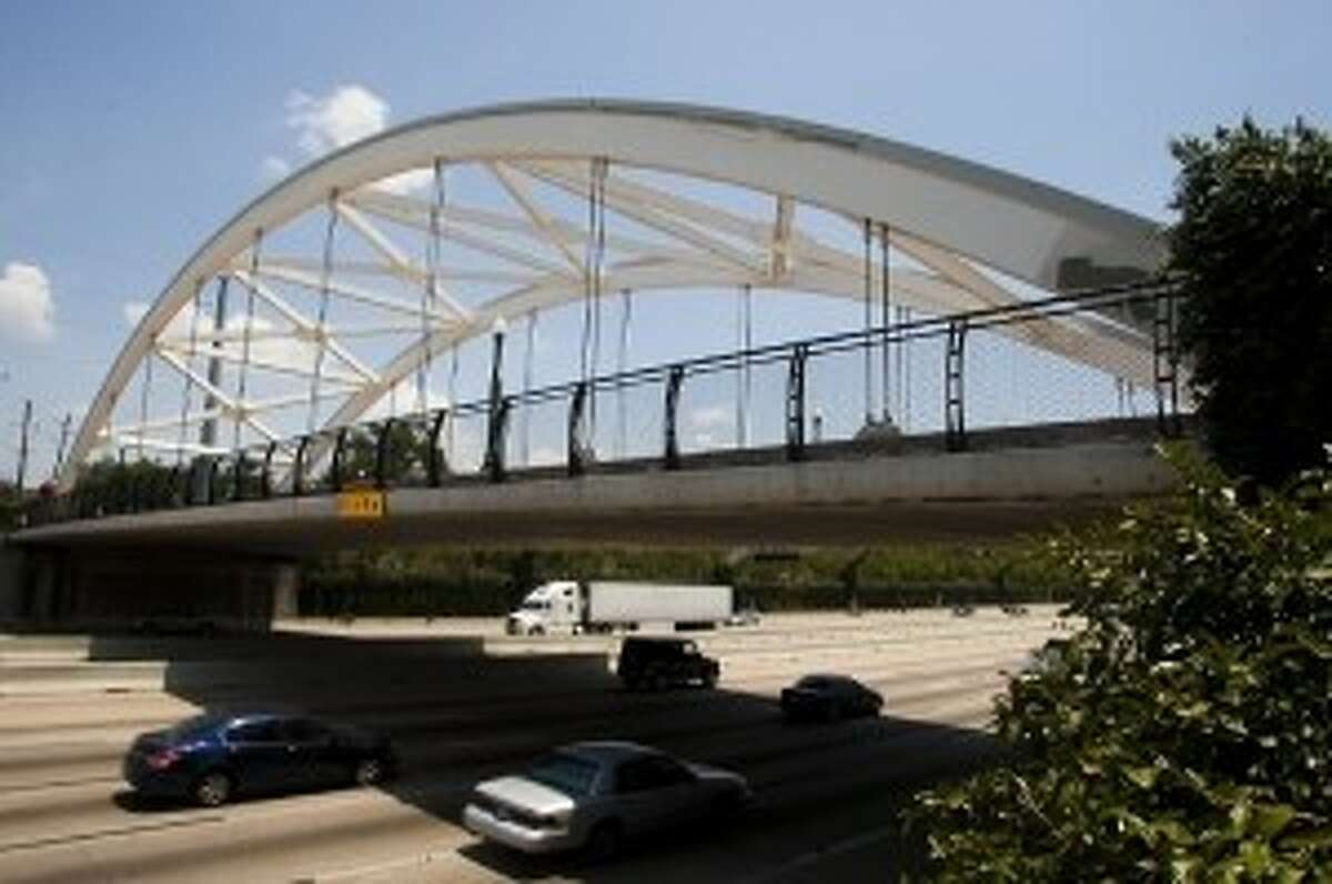 Montrose Management District worked to re-illuminate the signature bridges that span U.S. 59 and connect Montrose with the Museum District.