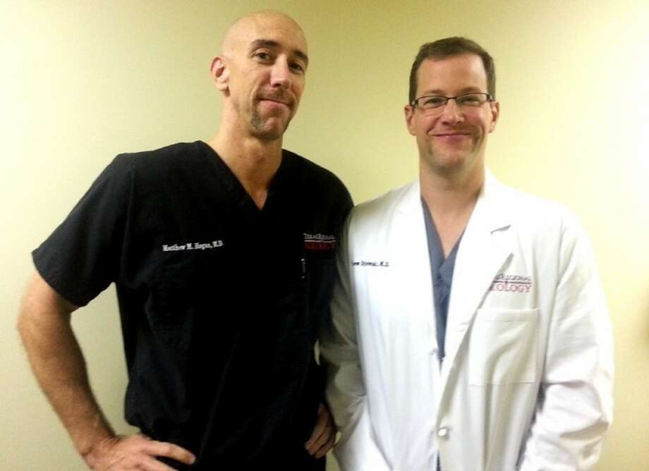 Dr. Drew Dylewski and Dr. Hogan sport Day 6 Mo's.