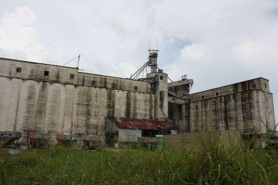 Dayton rice dryer to be demolished - Houston Chronicle