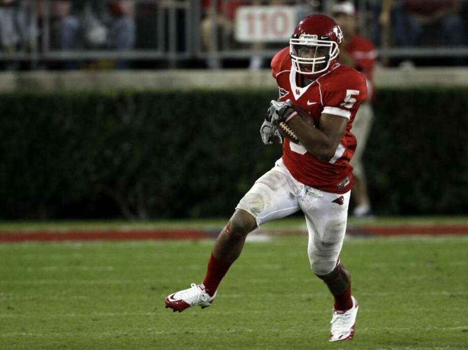 Houston will be without Charles Sims this year after the Cougars' leading rusher transferred to West Virginia.