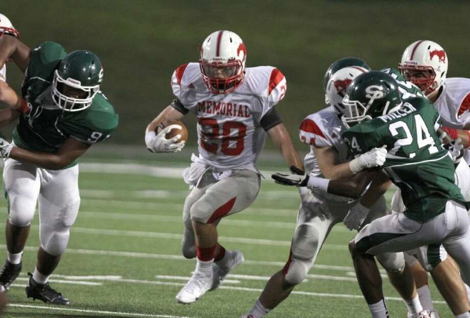 .Memorial senior running back Matt Collins, who led his team in rushing and touchdowns scored, was named to the District 19-5A first team offense. Collins has been on the Memorial varsity football team since he was a freshmen when his speed caught the coaches' attention. Photo: Photo By Alan Warren