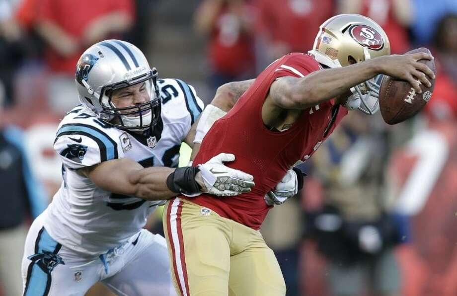 Carolina Panthers middle linebacker Luke Kuechly sacks San Francisco 49ers quarterback Colin Kaepernick on Nov. 10 in San Francisco. Photo: Marcio Jose Sanchez