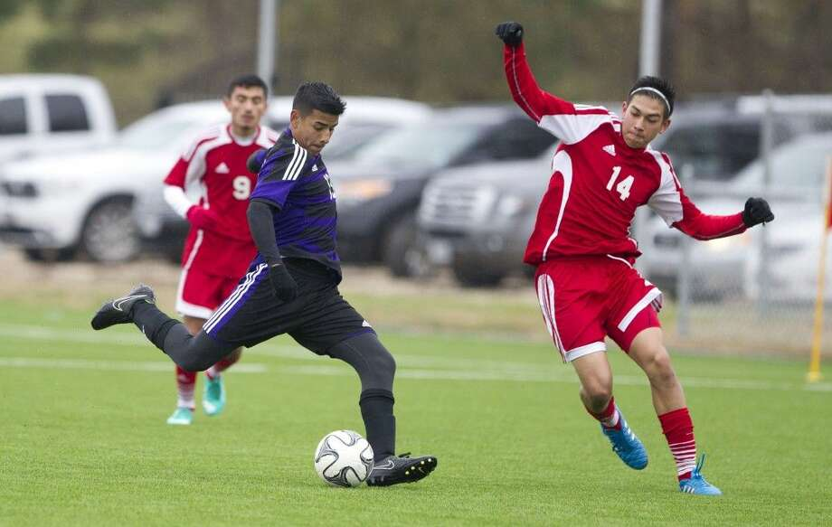 Willis' Antonio Perez takes a shot on goal Saturday against Terry. To view or purchase this photo and others like it, visit HCNpics.com. Photo: Jason Fochtman