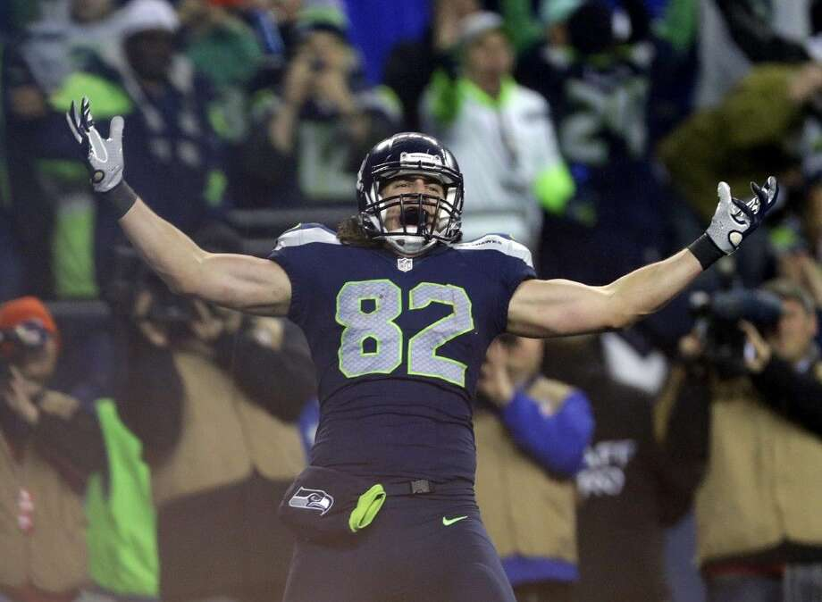 Seahawks tight end Luke Willson celebrates after a fourth-quarter touchdown catch. Photo: John Froschauer
