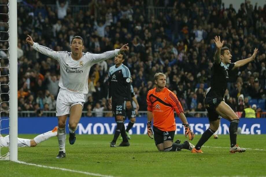 Real Madrid's Cristiano Ronaldo celebrates his goal during a Spanish La Liga match against Celta Vigo on Jan. 6 at the Santiago Bernabeu stadium in Madrid, Spain. Photo: Andres Kudacki