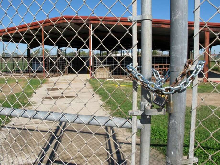 The La Villa Independent School District's farm sits locked up in La Villa, Texas, Monday, Jan. 13, 2014. A water payment dispute between the city and school district has shut down the schools and forced students to move their livestock elsewhere. Photo: Christopher Sherman