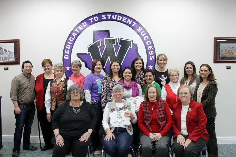 The Willis ISD Education Foundation awarded over $25,000 in grants to 14 teachers or groups of teachers at a special event shortly before the winter break in December.