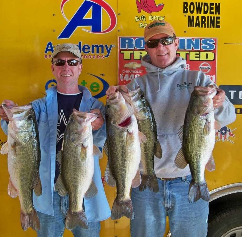 Terry Bagley and Darryl Hunter won the Ignition Bass Team Tournament No. 1 on Jan. 19 with a stringer weight of 23.76 pounds.