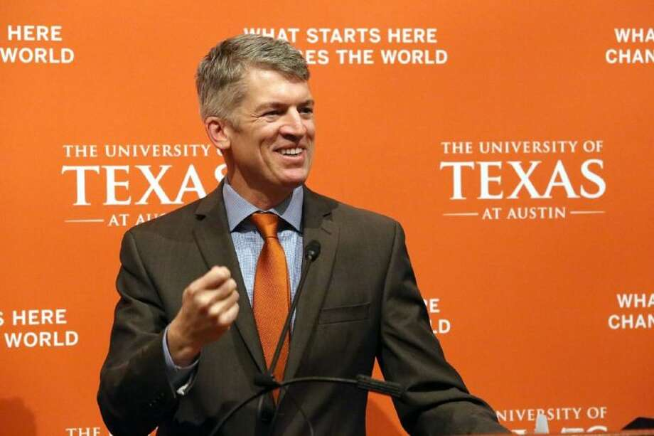 Dr. Clay Johnston addresses the media after being introduced as the inaugural dean of University of Texas at Austin's Dell Medical School during a news conference on Tuesday, Jan. 21 in Austin. Photo: Alyssa Vidales