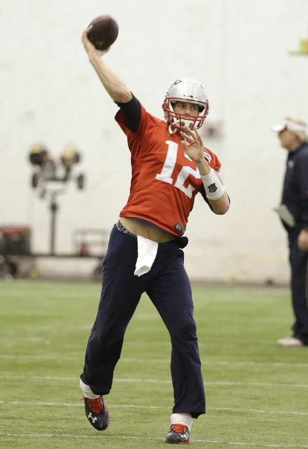 Patriots quarterback Tom Brady is 3-2 in his five Super Bowl appearances. Photo: Steven Senne