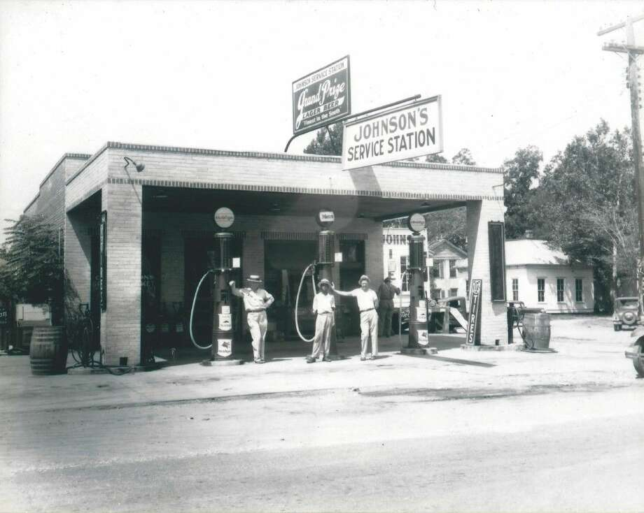 The Moran Gas Building at 75 and 1075 in Willis was built by Charles Johnson. Johnson built his service station and grocery store in 1923 for a cost of $17 ($11 for bricks and $6 for labor).