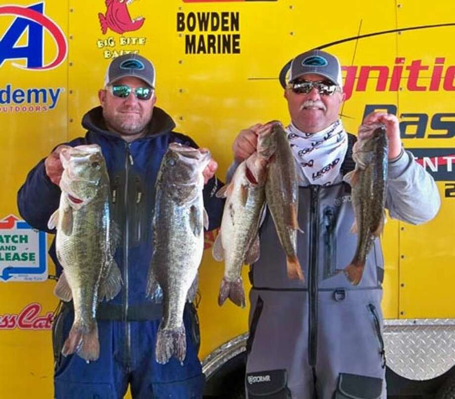 Robert Baney and Dawson Schnautz came in third place in the CONROEBASS Tuesday tournament with a total stringer weight of 9.19 pounds.