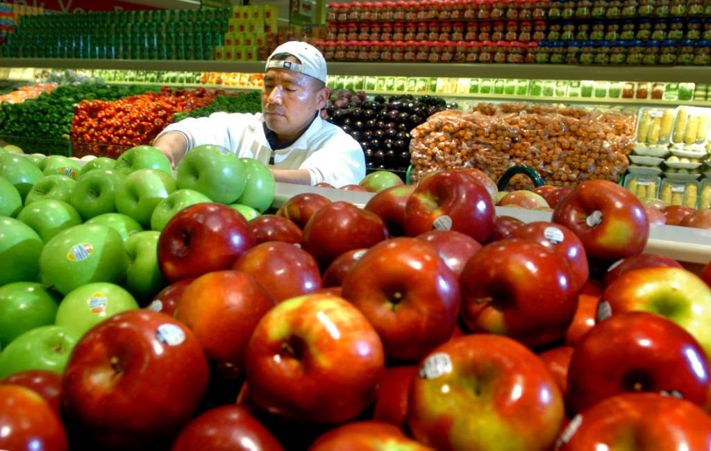 how to increase food bazaar business Availability of fresh vegetables in competitive prices will give a push to food bazaar sales try to increase the reach of advertisements and offer information to.