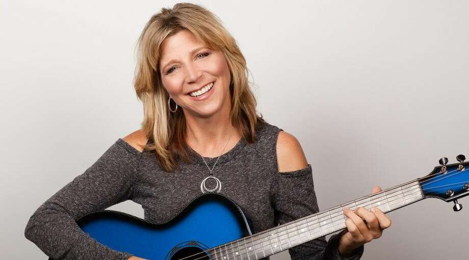 Terri Hendrix plays a Valentine's Day show at Dosey Doe Music Café Saturday.