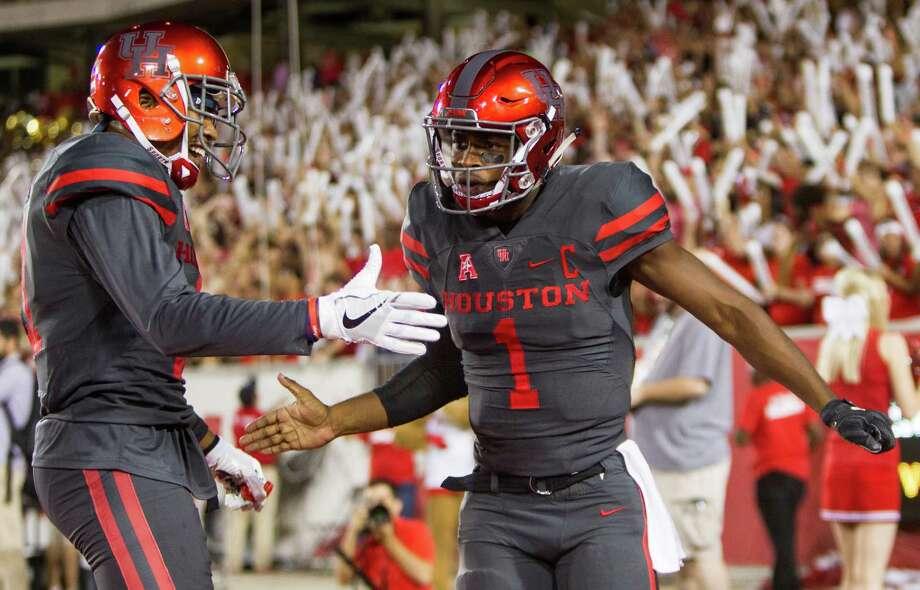 Greg Ward and No. 13 Houston will host Tulsa for a 6 p.m. matchup on Saturday at TDECU Stadium. Photo: Brett Coomer, Houston Chronicle / © 2016 Houston Chronicle