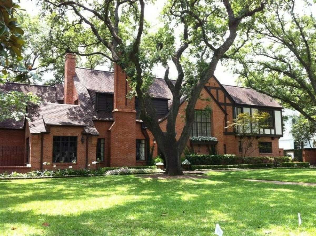James W. and Lella D. Cain House, 3015 Del Monte