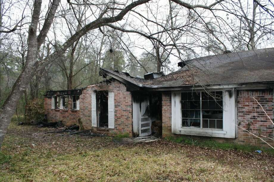 Three vacant homes on a single property in Conroe caught fire last Wednesday in what investigators believe to be an arson attempt. No injuries were reported from the scene.