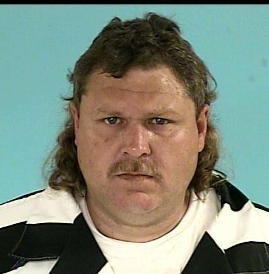 GLISON, Michael AllenWhite/Male DOB: 09/27/1977Height: 5'11'' Weight: 220 lbs.Hair: Brown Eyes: BlueWarrant: # 101112614 Order Of Arrest Possession Of Controlled SubstanceLKA: McGager Dr. New Caney.