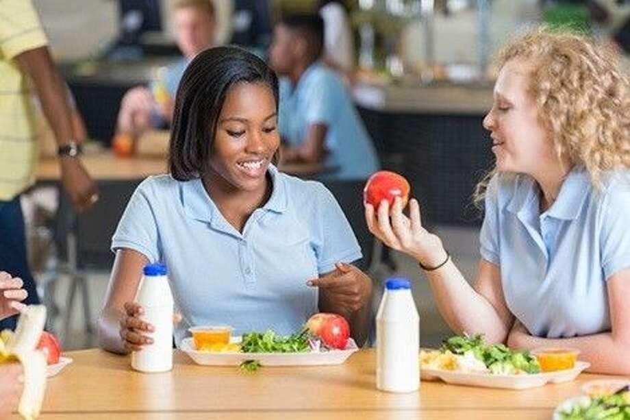 Women who eat more high-fiber foods during adolescence and young adulthood may have significantly lower breast cancer risk than those who eat less dietary fiber.