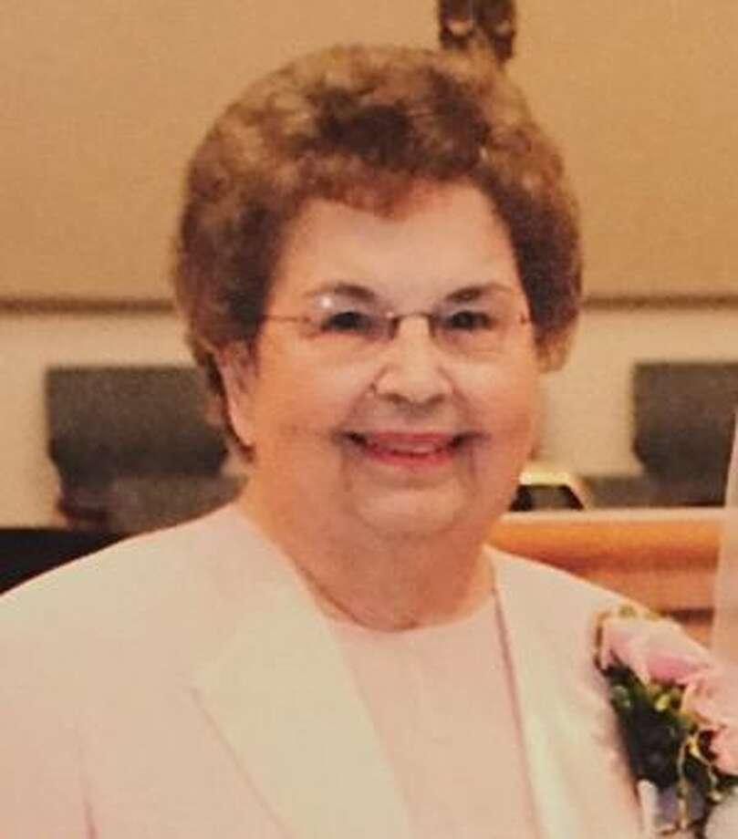 Daniel, Mary Winona