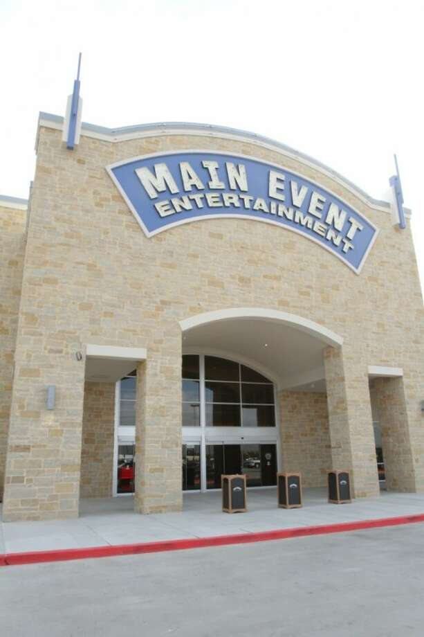 Main Event Katy is located at 24401 Katy Freeway and offers Eat, Bowl, Play options.