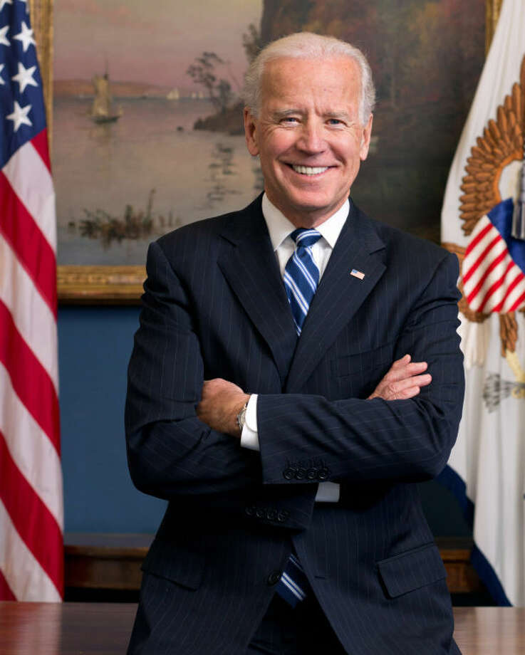 Official portrait of Vice President Joe Biden in his West Wing Office at the White House, Jan. 10, 2013. Photo: David Lienemann