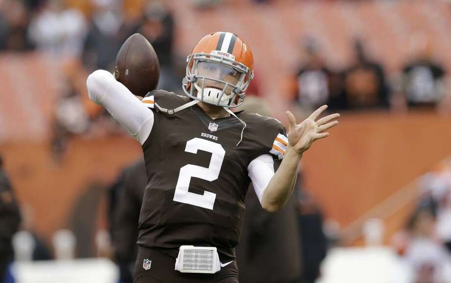 Cleveland Browns quarterback Johnny Manziel expressed remorse following a 10-week stay in rehab. Photo: Tony Dejak