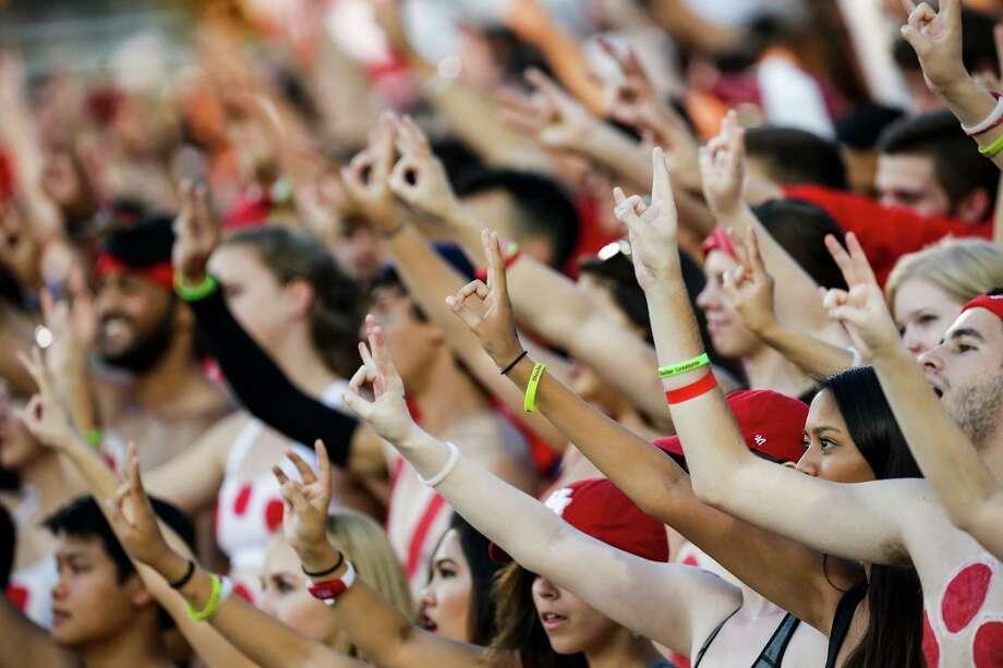 Houston fans respond. Photo: Brett Coomer, Houston Chronicle / © 2016 Houston Chronicle