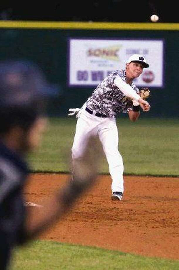 Willis shortstop Christian Cornelius and the Wildkats will play host to Huntsville in a crucial District 18-5A game tonight. Photo: Michael Minasi
