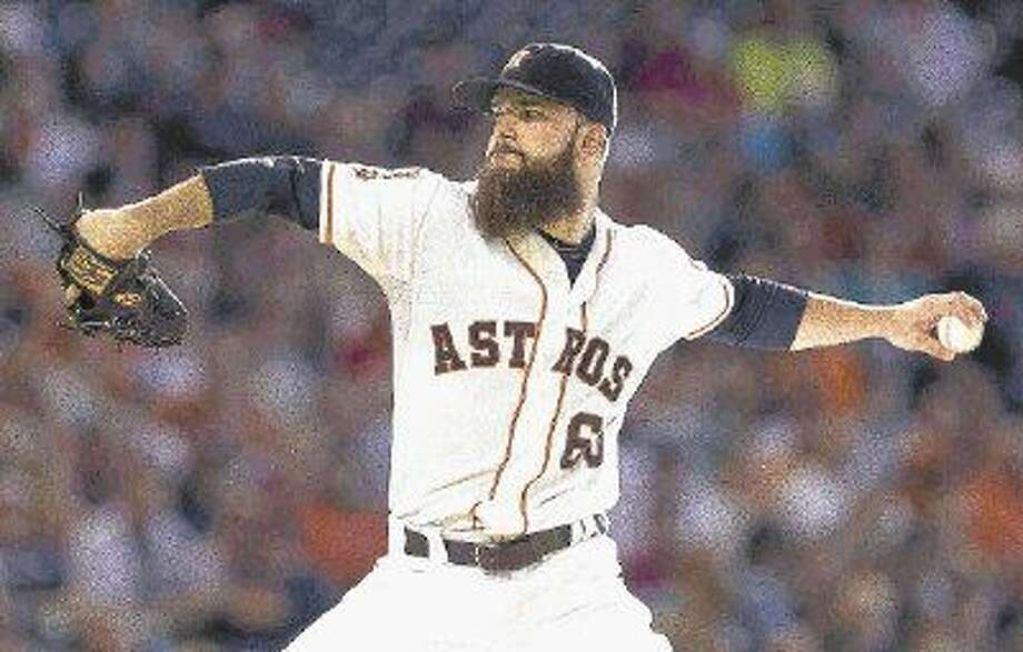 Dallas Keuchel, of the Houston Astros, pitches in the third inning of an MLB baseball game Saturday. Photo: Jason Fochtman
