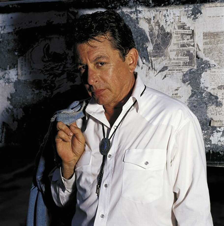 Joe Ely performs at Dosey Doe Music Café on May 17.