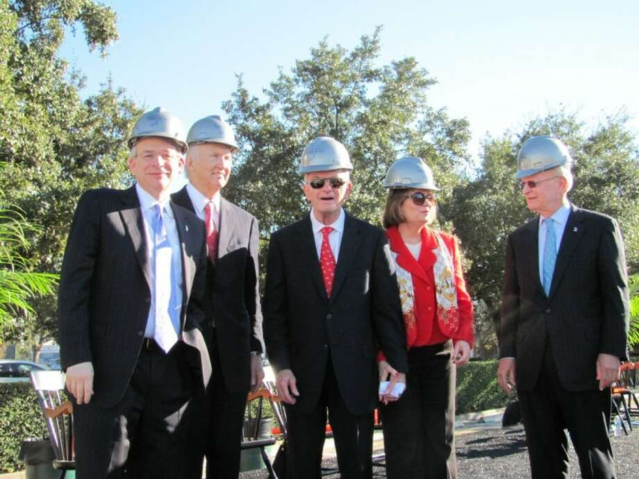 From left, Rice President David Leebron, Board Chairman James Crownover, D. Kent and Linda C. Anderson and Rober L. Clarke at the asphalt-breaking for the new Anderson-Clarke Center.