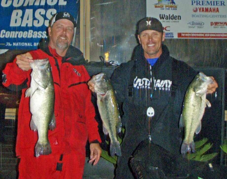 Trea Leudke and Ronnie Wagner won the Conroe Bass Tuesday Night Tournament on May 13 with a stringer weight of 12.64 pounds. Photo: Conroebass.com