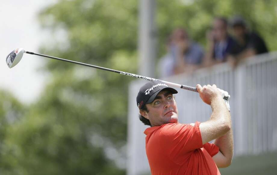 Steven Bowditch watches his tee box shot on the 17th hole at the Byron Nelson. Photo: LM Otero