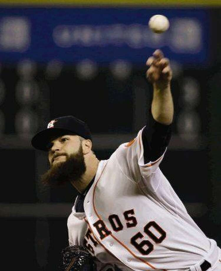 Astros pitcher Dallas Keuchel throws against the Chicago White Sox. Photo: David J. Phillip