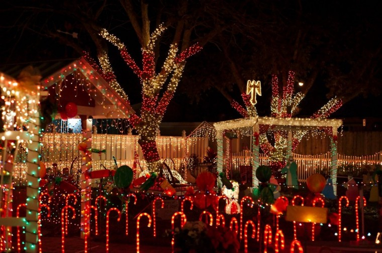 dont miss the best christmas light display in pasadena houston chronicle