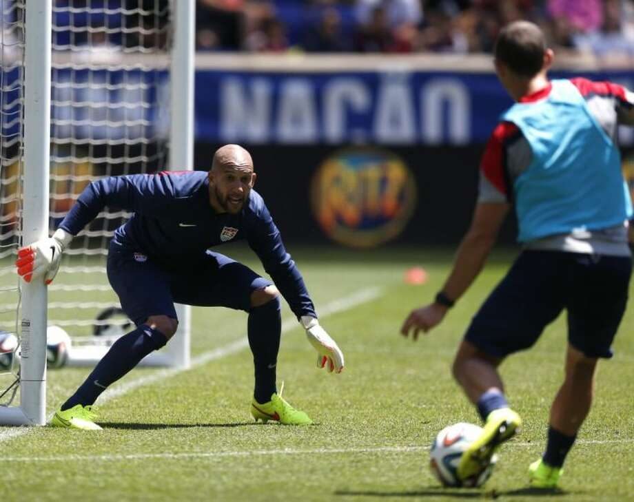 Goalkeeper Tim Howard has long been a mainstay for the United States national team. Photo: Julio Cortez