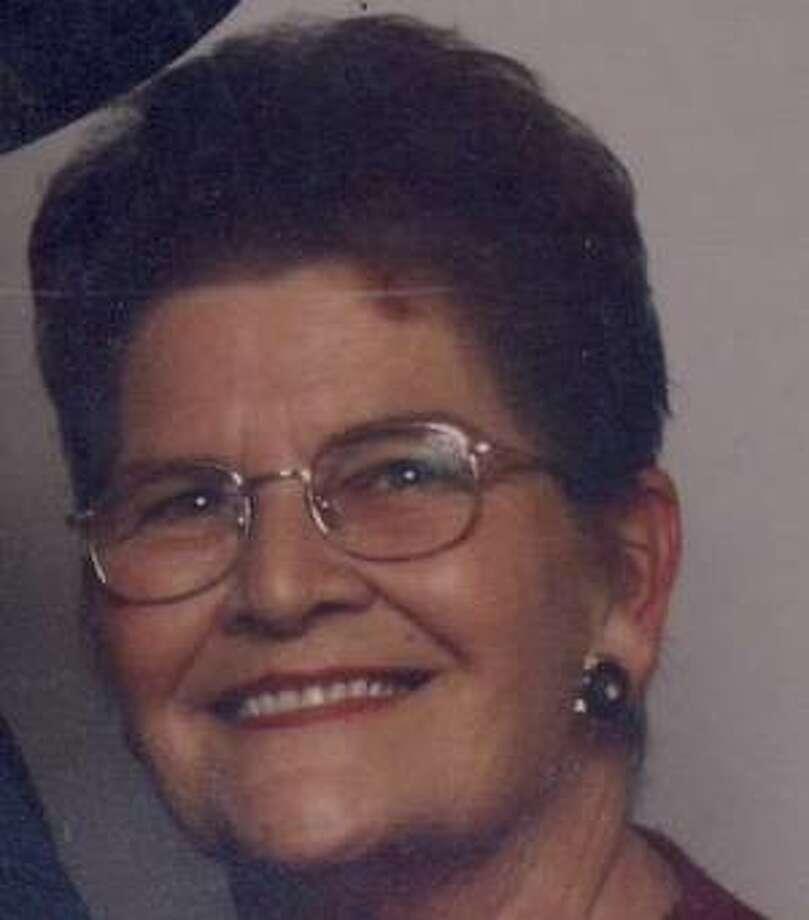 Hall, Linda