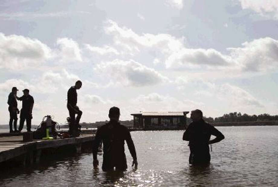 Precinct 1 Constable Department Marine Division, Pct. 1 Dive Team, lake patrol deputies and volunteers train in Lake Conroe at the Precinct 1 Marine Division, preparing for the summer season. Photo: Staff Photo By Ana Ramirez / The Conroe Courier