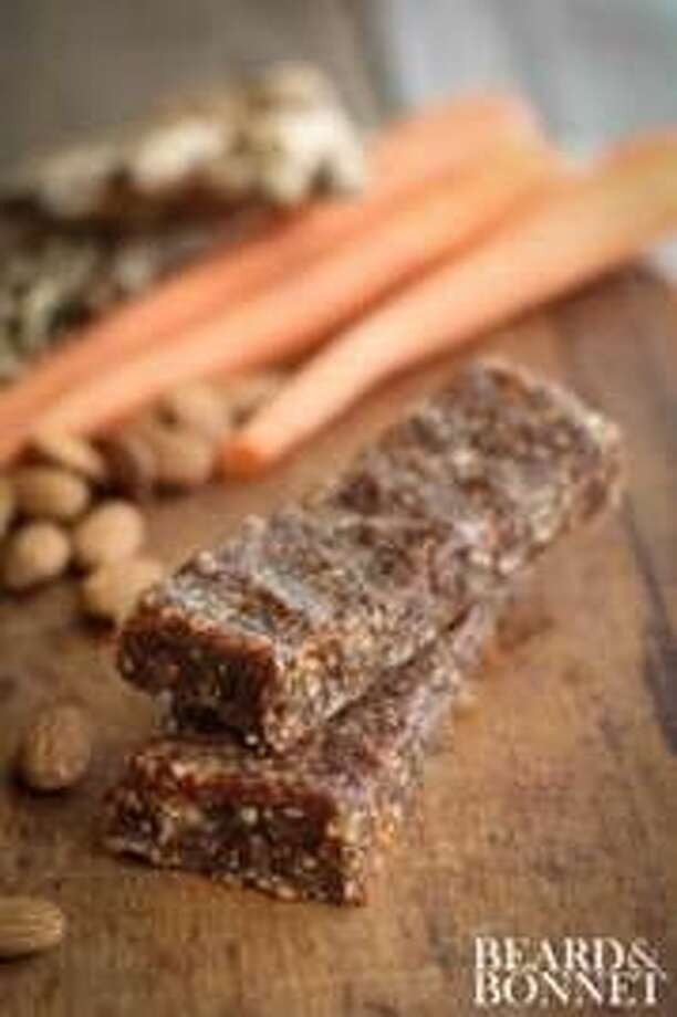 Carrot Cake Raw Bars