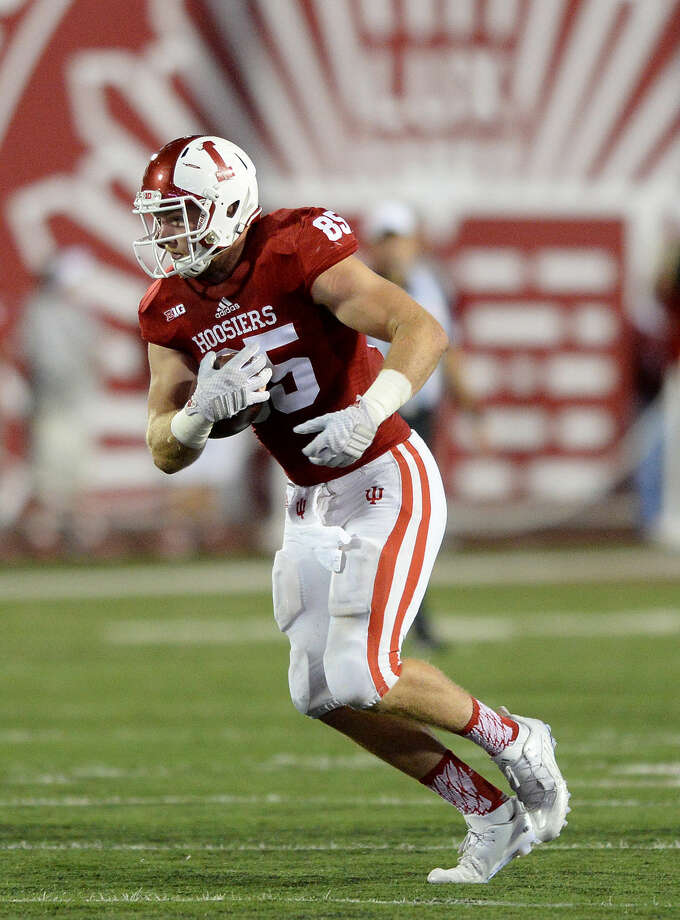 Former Indiana tight end Michael Cooper, a 2011 graduate of The Woodlands High School, signed a free-agent contract with Washington. Photo: Mike Dickbernd/Indiana University Athletics