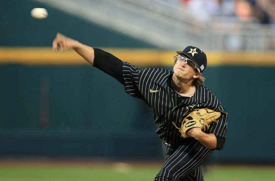 Vanderbilt pitcher Carson Fulmer throws against Virginia during the sixth inning of Game 1 of the best-of-three NCAA baseball College World Series finals at TD Ameritrade Park in Omaha, Neb., Monday, June 22, 2015. (AP Photo/Nati Harnik) Photo: Nati Harnik