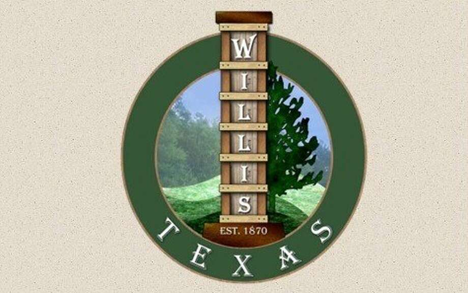 The Willis City Council approved its new logo featuring vertical train tracks in a 4-1 vote Tuesday.