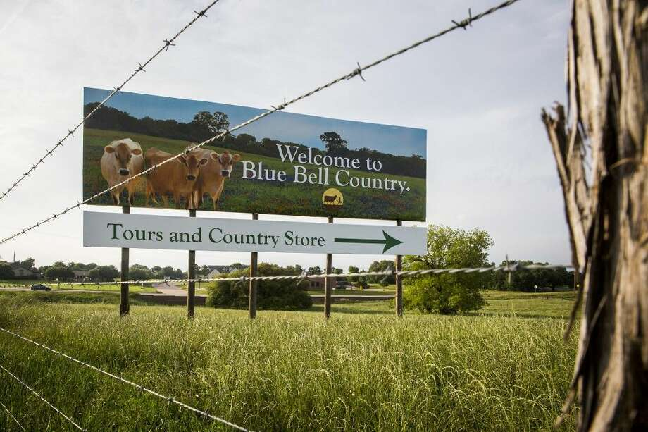 A billboard on US Highway 290 points the way to the Blue Bell Creameries on last month in Brenham, Texas. Photo: Smiley N. Pool