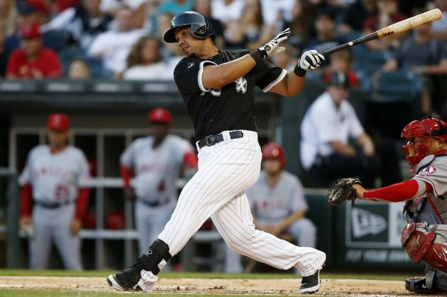Chicago White Sox first baseman José Abreu was tied for the major league lead with 26 home runs entering Thursday's games. Photo: Andrew Nelles