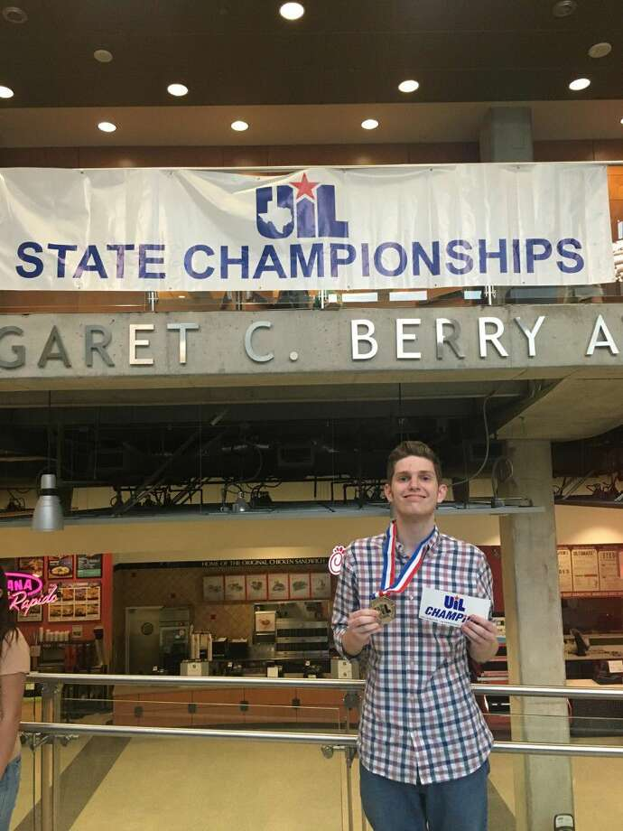 "Montgomery High School senior John ""JT"" Lindsey won first place at the state UIL competition for headline writing, achieving what most contenders hope for."