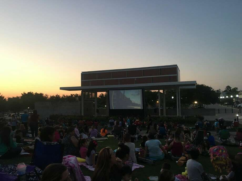 Bring the family out to the park on Friday nights in May and enjoy watching some FREE family entertainment! All movies are held at Heritage Place (500 Metcalf St).